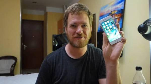 美國小伙花2000塊在華強北淘配件diy了一部iPhone6s