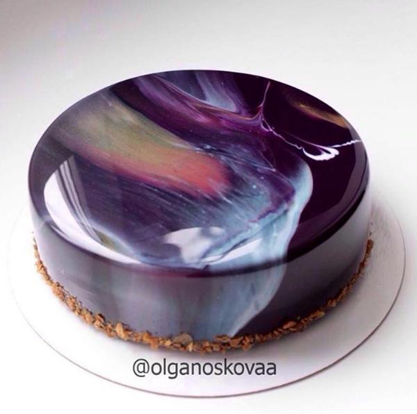 俄罗斯美女制作的镜面蛋糕 美极了
