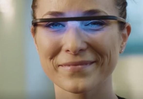 这个发出蓝光的眼镜竟然可以用来提神