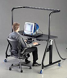 可调角度的电脑桌子