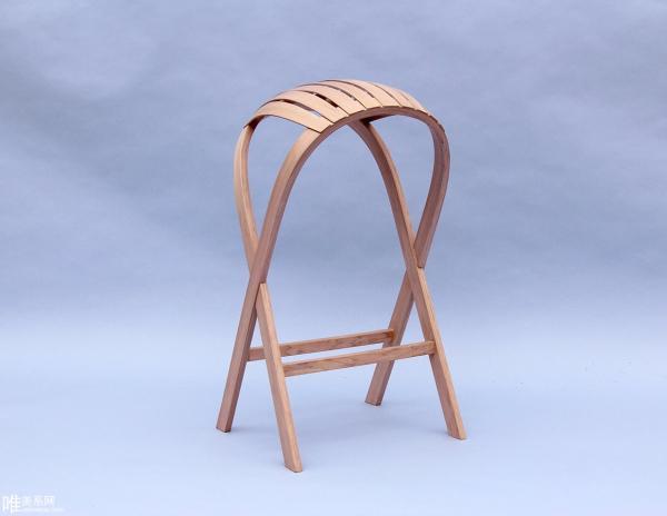 Hull Stool 拱形高脚椅