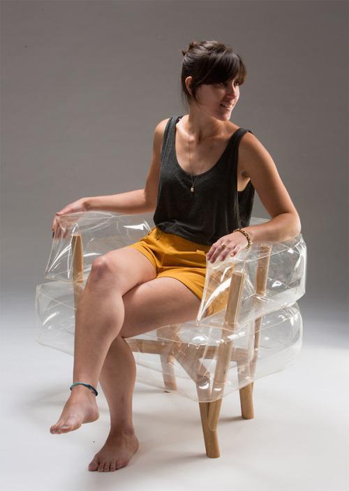 透明的实木充气小座椅