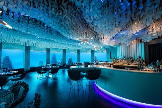 马尔代夫水中餐厅