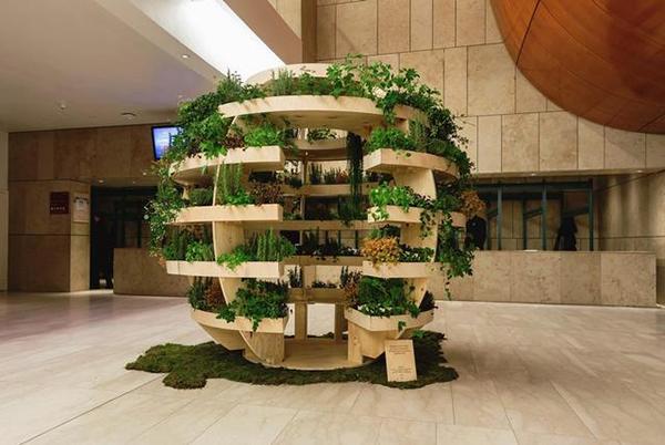 宜家:20块木板打造一个创意室内花园