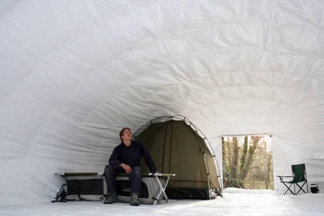 英国发明最坚固的临时住房,一天搞定,能住25年-玩意儿