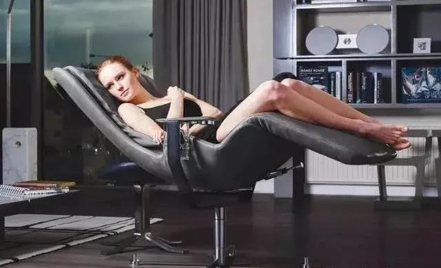 号称世界上最舒服的椅子价值34万,让你感受零重力状态