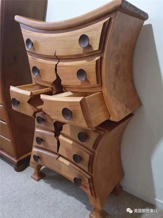 """木匠大叔做的柜子都""""开裂""""了 居然还被网友盛赞"""