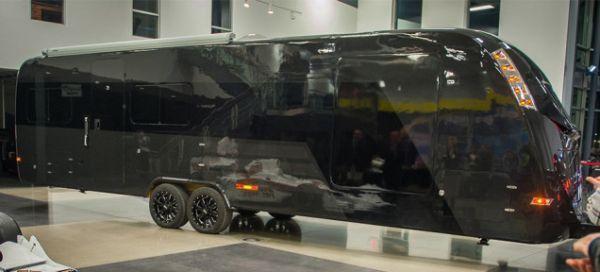 95%碳纤维豪华拖车CR-1