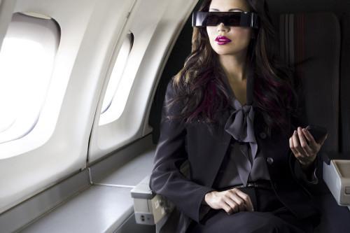 爱普生透视型3D头戴显示器-具体内容-玩意儿