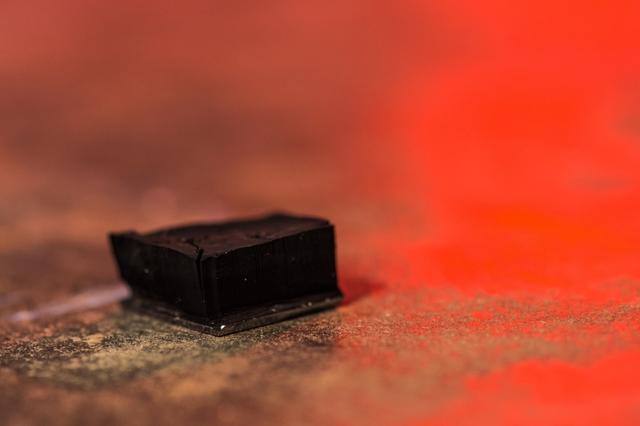 纳米管新用途被发现 干燥空气中提取水分-产品描述-玩意儿