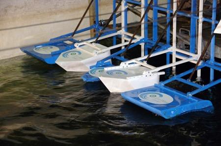 海浪发电装置