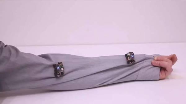 Rovables未来游走在你衣服上的微型机器人