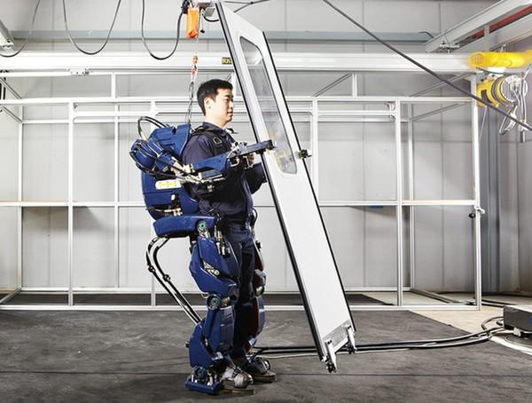 韩国人的机械外骨骼厉害了 外形像机甲