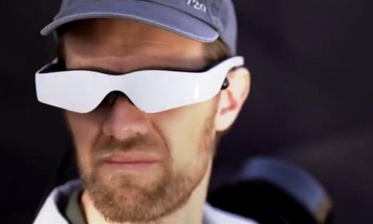 Guardian GT 可用VR控制的巨臂机器人,粗细活都难不倒它-玩意儿