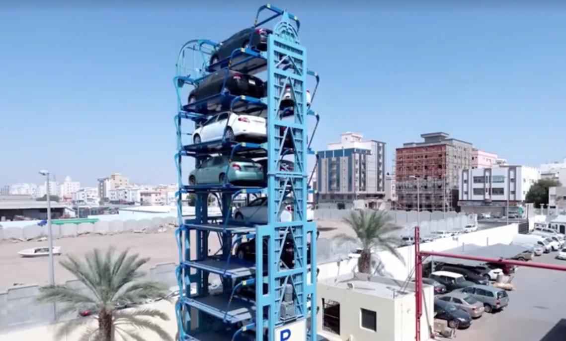 德国智能停车系统 两个车位空间停15辆车