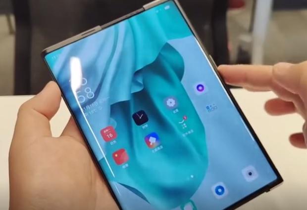 OPPO柔性卷轴屏手机 可自由变大变小