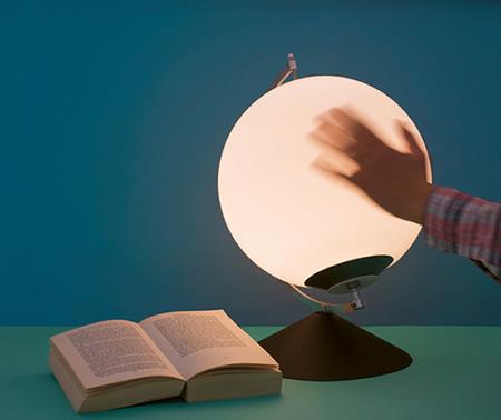 _手动发电的台灯-产品描述-玩意儿