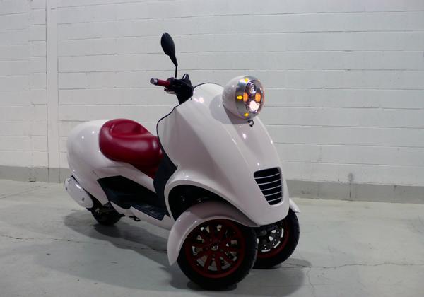 可爱的Q版摩托车