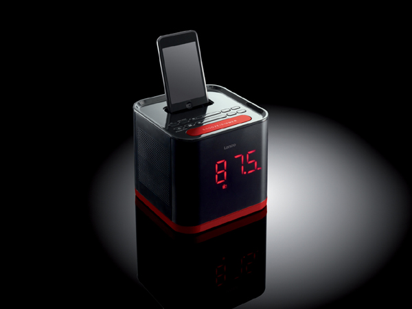 <a href=http://barrylando.com/zhuanti/iphone.html target=_blank class=infotextkey>iphone</a> 外置播放器(四)
