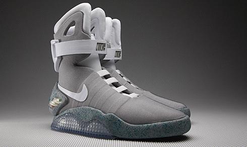 耐克自动系鞋带专利:2015年你不需再系鞋带-内容详情-玩意儿