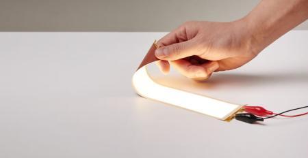 LG更柔韧OLED照明板即将投产