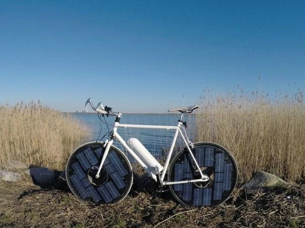 这款电动自行车不用充电 可太阳能充电