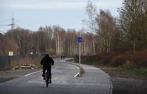 德国修建全长100公里的自行车专用公路
