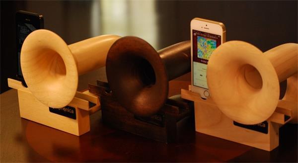 复古木质iPhone扬声器