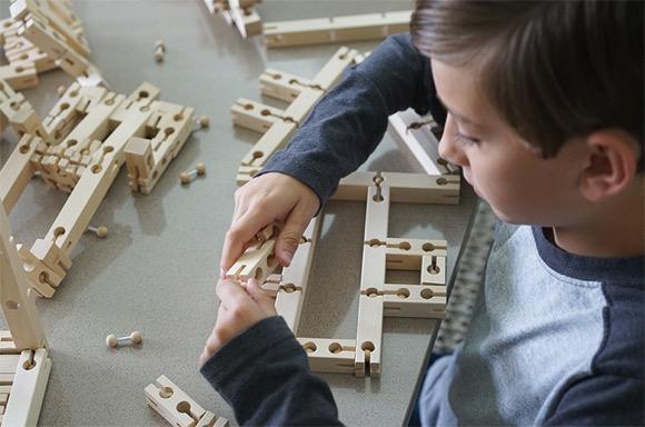 儿童专属百变积木,只需一套就可堆出所有想要的图形