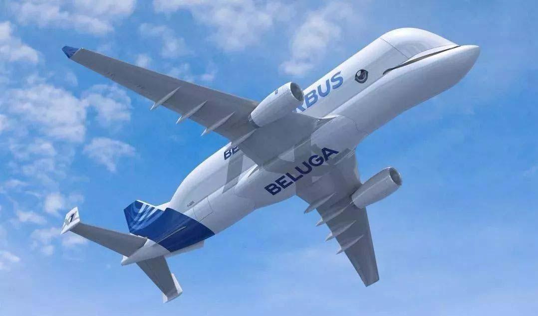 """能吞下波音客机 号称""""大白鲸""""的超巨型运输机"""