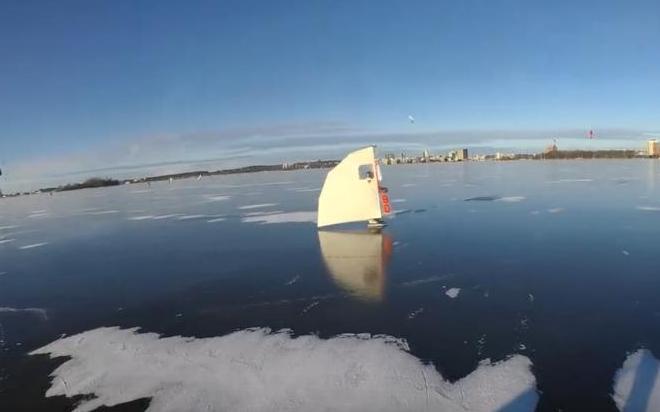 ice wing1