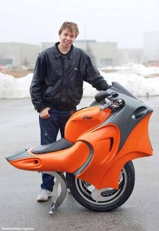 变形电动摩托车2