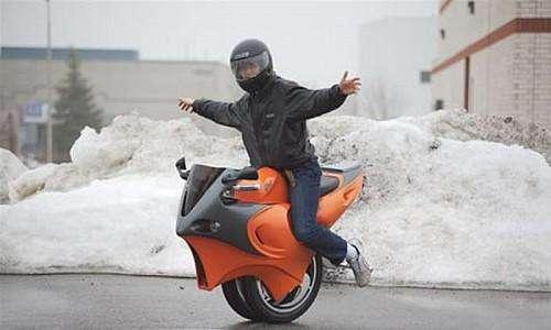变形电动摩托车7