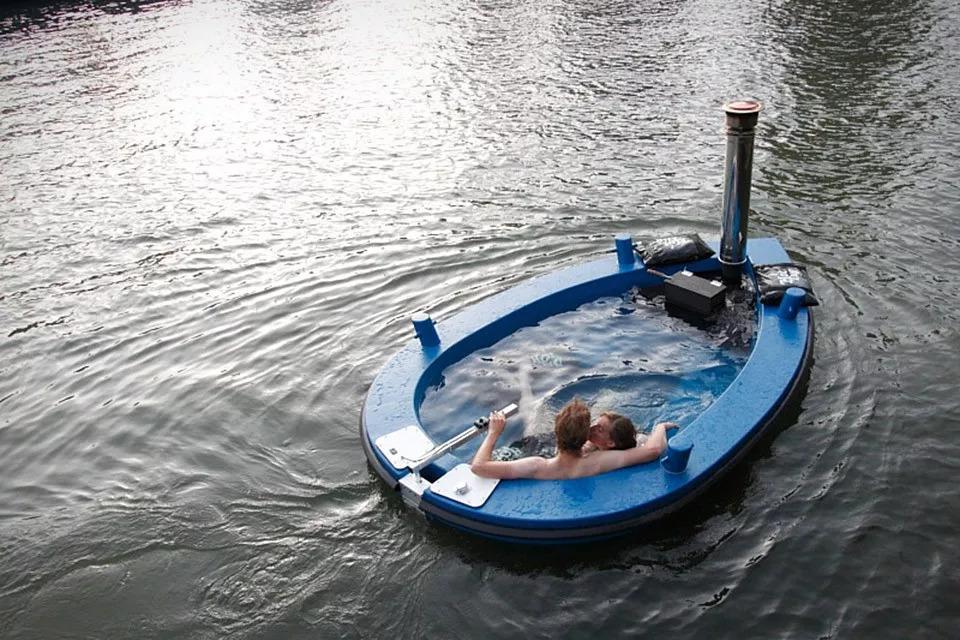 HotTug水上漂流浴缸,还能自加热-创意网