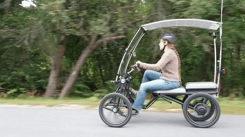 这款太阳能驱动的电动踏板车,还能折叠!