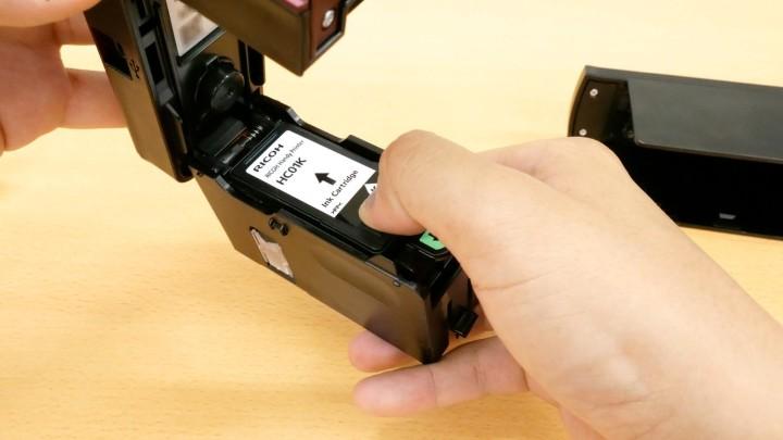 日本理光公司推出手持式打印机 Handy Printer-创意