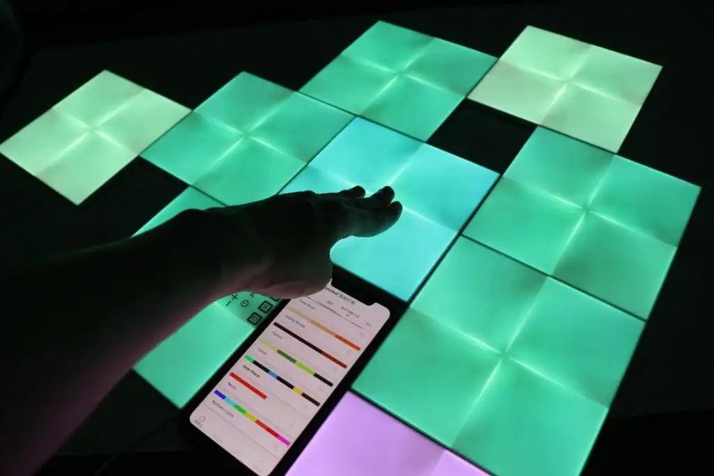 Nanoleaf智能方块灯,原来灯也能很好玩
