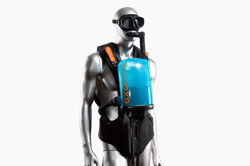 一款可以让潜水者在水中无限时间停留的潜水设备