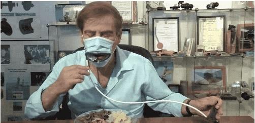 戴了这个口罩,吃饭也不用脱下来