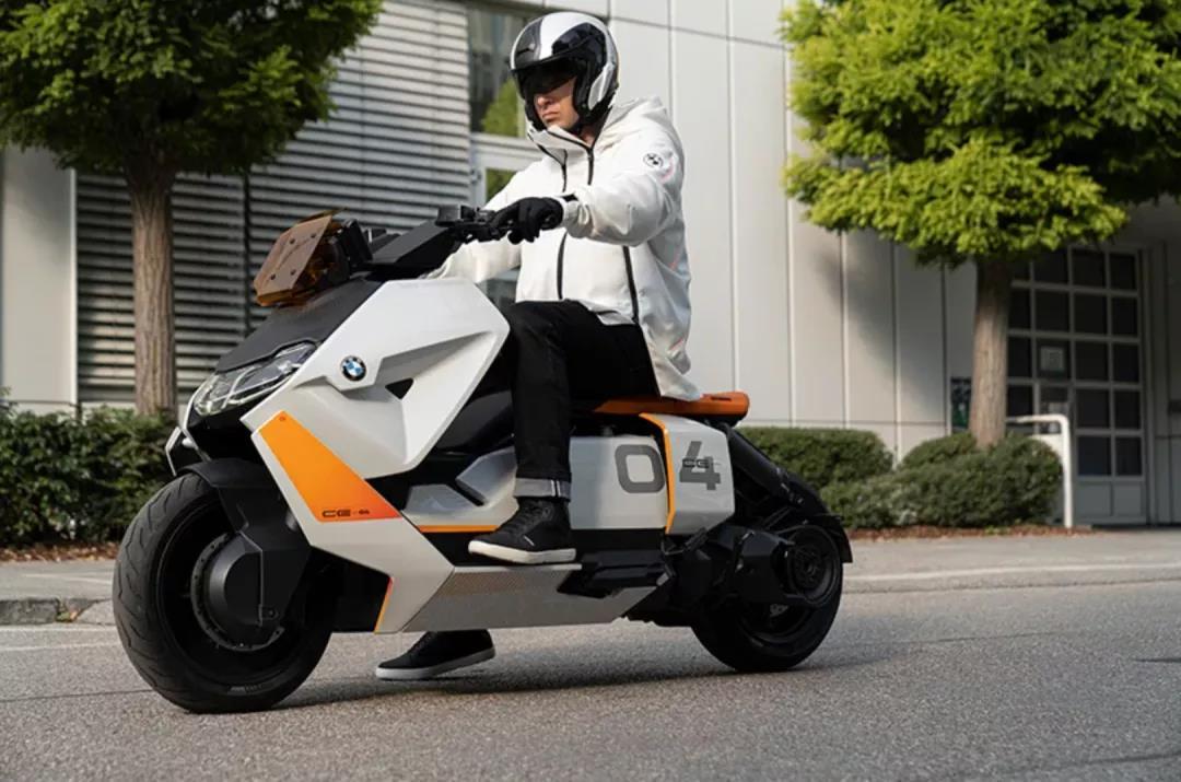 宝马设计了一辆摩托电动车 外形足够吸引