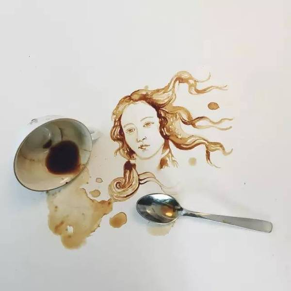 姑娘不小心打翻一杯咖啡,却成就了一番艺术