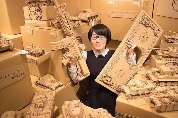 旧纸箱创作的3D模型,这妹子厉害啊