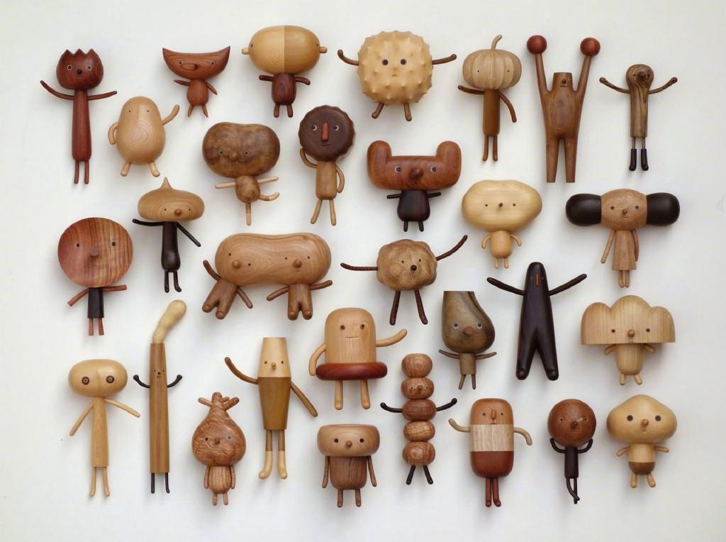 可爱的木雕玩偶